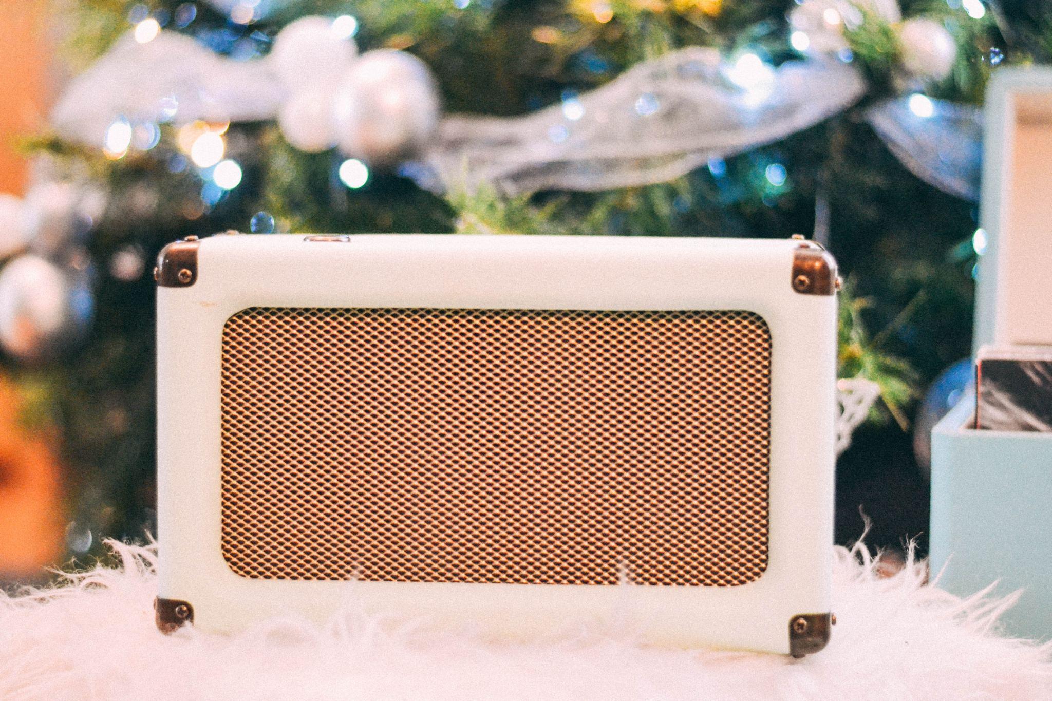 crosley harper wireless speaker amazon