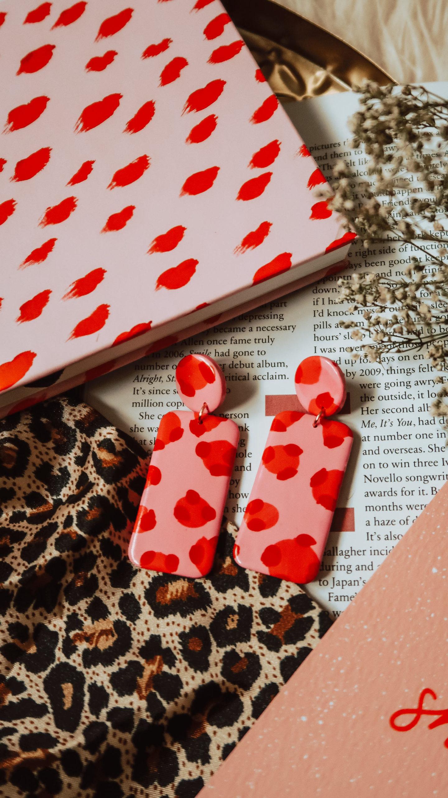 sapphire frills earrings